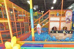 virtual tour of LOL Kids Club indoor playground in Ontario California